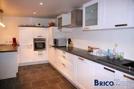 cuisine équipée blanc laqué cuisine en laque matte blanche