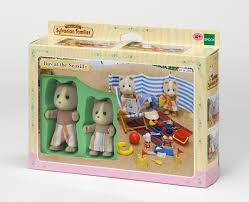 sylvanian families garden playground families day at the seaside