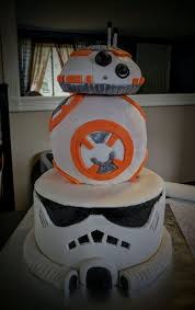 stormtrooper and bb8 cake cakecentral com