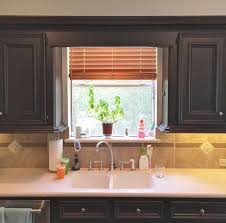 does kitchen sink need to be window those pesky kitchen windows and how to make them look