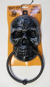 Life Size Plastic Skeleton Halloween by 30 Skull And Skeleton Halloween Decorations