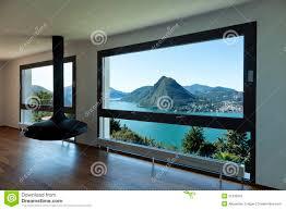 Wohnzimmer Fenster Großes Wohnzimmer Mit Panoramischem Fenster Lizenzfreies Stockbild