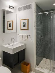 Simple Bathroom Design Modern Bathroom Decorating Ideas Modern - Simple bathroom designs 2