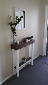 Sofa Table Decor by Best 25 Narrow Entry Table Ideas On Pinterest Foyer Table Decor