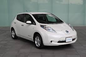 nissan leaf japan price nissan unveils 2013 leaf with new electric motor cheaper s grade