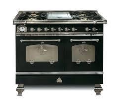 piano en cuisine piano de cuisson 10 modèles pour une cuisine de chef côté maison