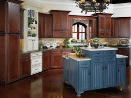 Traditional Kitchen Island Furniture Traditional Kitchen Design With Jsi Cabinets And