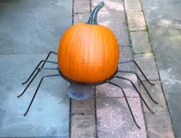metal halloween decorations 25 spooky etsy halloween decorations to get in 2017
