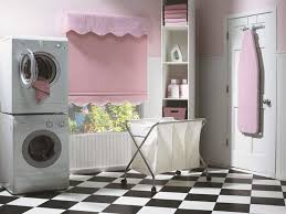 Vintage Laundry Room Decor Vintage Laundry Room Decor With Black And White Flooring And Racks