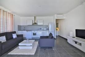 Nice One Bedroom Apartments by Escape Nice One Bedroom Apartment Close To Pinel Island Cul De