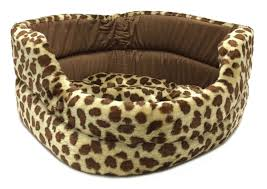 amazon com new pet bed spotted giraffe print plush dog cat