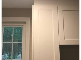 kitchen cabinets top trim help with kitchen cabinet crown molding dilemma
