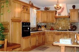 r cuisine rustique bescheiden cuisines rustiques bois deco cuisine rustique massif