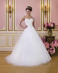 fairy tale wedding dresses 10 fairytale wedding dresses hitched ie