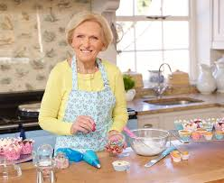 Christmas Cake Decorations At Lakeland by Mary Berry Masterclass