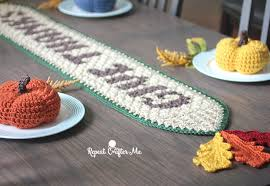 crochet thanksgiving table runner repeat crafter me