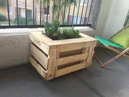 self watering portable planter box u2022 1001 pallets