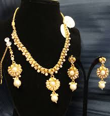 indian necklace set images Necklace 4487 golden pearls indian necklace set shieno sarees shieno JPG