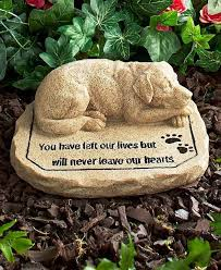 garden memorial stones best 25 dog memorial ideas on memorial stones pet