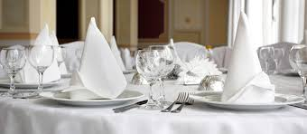 renting table linens advantages of renting table linens signature hospitality