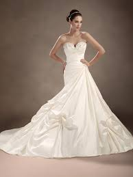 wedding gowns pick up styles