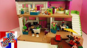 playmobil chambre bébé villa de luxe playmobil avec piscine cuisine sale de bain