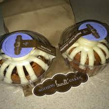 nothing bundt cakes 86 photos u0026 67 reviews desserts 2785 bee
