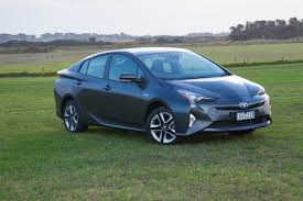 2016 toyota prius i tech review practical motoring