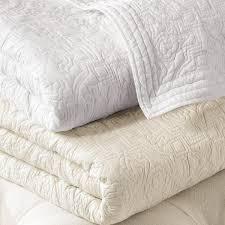 Ivory Quilted Bedspread 116708 Fpx Tif Wid U003d1200 U0026qlt U003d90 0 U0026layer U003dcomp U0026op Sharpen U003d0 U0026resmode U003dsharp2 U0026op Usm U003d0 7 1 0 0 5 0 U0026fmt U003djpeg