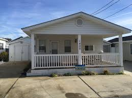 House With Porch by Book Now For Halloween Hurry Vrbo