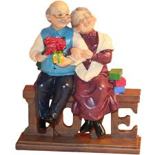 loving elderly couple figurines old age life resin home decor
