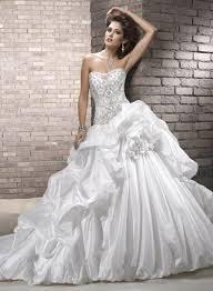 wedding dress near me wedding dresses 2017 wedding gowns clutches hairstyles