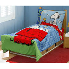 Snoopy Bed Set Peanuts By Schulz 4pc Snoopy Toddler Bedding Set Peanuts Comforter