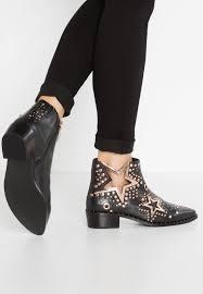 buy womens biker boots buy ivy kirzhnershoes women ankle boots ivy kirzhner starstruck