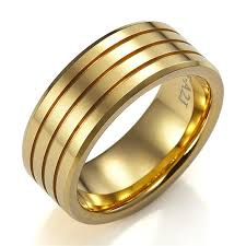 gold wedding bands for him 7 various ways to do mens wedding gold rings mens wedding