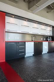 Red Cabinet Kitchen 37 Best Projets Corporatifs Pur Design Images On Pinterest Room