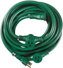 yard master outdoor extension cord with evenly spaced plugs and 3