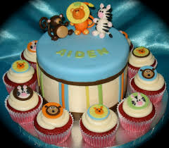 jungle theme baby shower cake and cupcakes monica serratos flickr