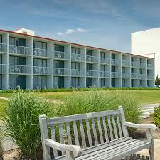 Comfort Suites Beachfront Virginia Beach Aaa Travel Guides Hotels Virginia Beach Va