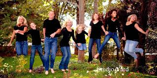 gallery for outside family picture pose ideas photos