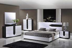 White Leather Single Bed Black And White Master Bedroom Decorating Ideas 48 Samples For