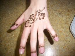 25 beautiful mehndi designs for beginners that you can try at home