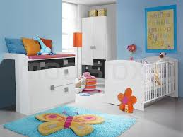 chambre bébé blanc et gris chambre bébé complète skunk 70x140 cm blanc gris chez mobistoxx