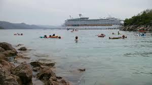 two cruise ship bows hulls of norwegian cruise line u0027s breakaway