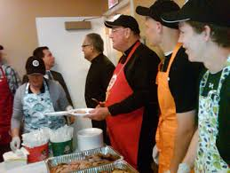 Soup Kitchens In New York by Dolan Spreads Message Of Service At Soup Kitchen On Holy Thursday