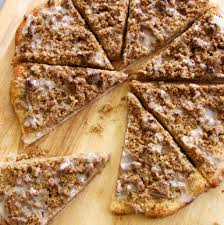 Round Table Pizza Lynnwood Godfather U0027s Cinnamon Streusel Dessert Pizza U2013 Rumbly In My Tumbly