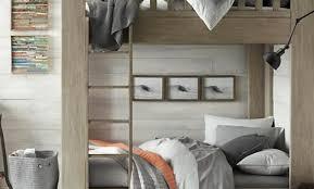 lambris mural chambre lambris peint en blanc affordable chambre lambris moderne mulhouse