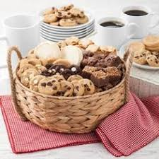 mrs fields gift baskets mrs fields ultimate cookies and brownies basket brownies