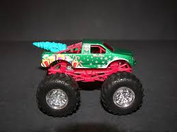 bigfoot 5 monster truck toy holiday hauler monster trucks wiki fandom powered by wikia