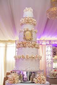 wedding designer 17 pretty wedding cakes we re drooling aisle
